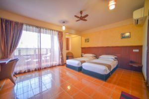Deluxe Twin Room with Beach View