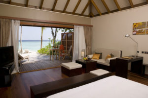 Jacuzzi Beach Villas, Veligandu Island Resort