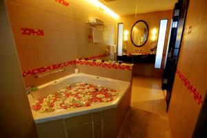 Superior Deluxe Room with Jacuzzi, Hulhule Island Hotel