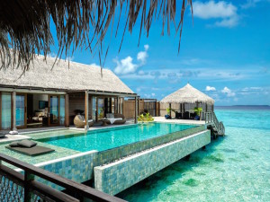 Villa Muthee deck and infinity pool, Shangri-La's Villingili Resort & Spa
