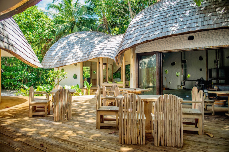 Soneva Fushi opens the first Art and Glass Studio in the Maldives