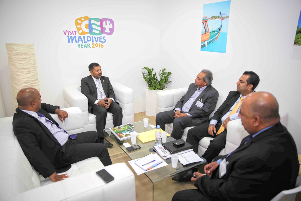 Minister of Tourism for the Maldives, Hon. Moosa Zameer with the Chairman for SriLankan Airlines, Mr Ajith Dias, World Travel Market 2015