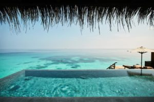 Joali maldives private infinity pool