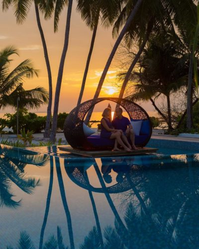 dhigali maldives sunset pool