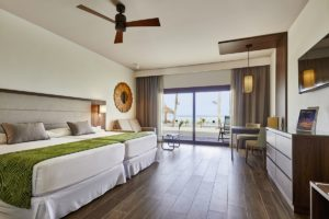 Junior Suite with Beach Access at Hotel Riu Palace Maldivas